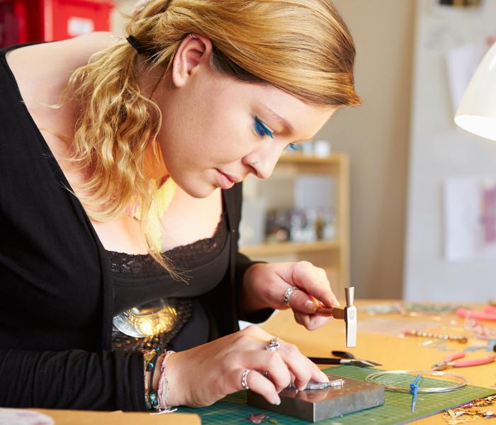 Jewellery Making - Thursday Afternoon (Beginners/Intermediate)