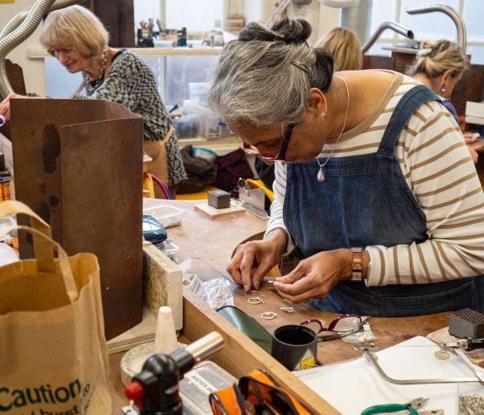 Jewellery Making (Beginners/Intermediate)